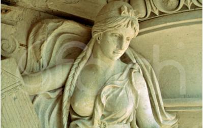 Műemlékek tisztítása, felújítási műveletek